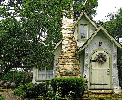 Уютные дачные домики